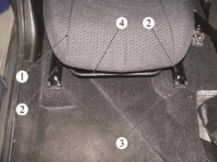 Демонтаж передних кресел ВАЗ-2192/94