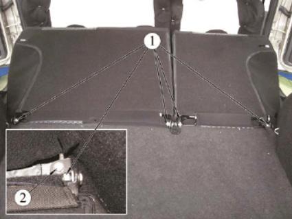 Демонтаж заднего дивана ВАЗ-2192/94, шаг 3